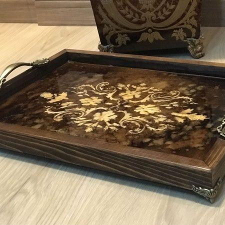 سینی چوبی با طرح برجسته