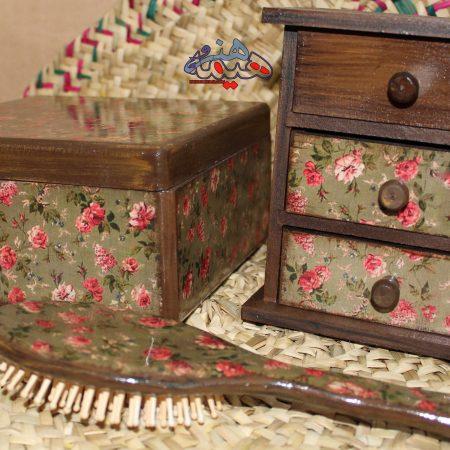 ست صندوقچه ،دراور رومیزی ، برس طرح گل ریز