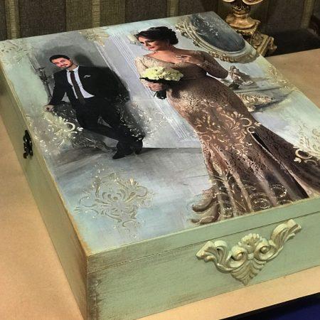 صندوقچه عروس با ضمینه سبز