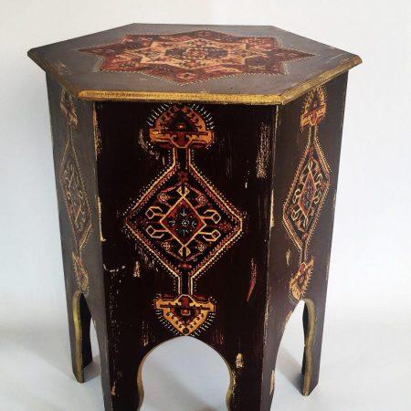 چهارپایه محرابی